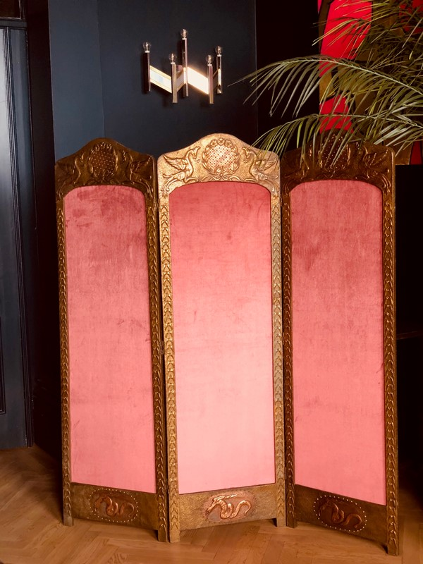 Antique Belgian Dressing Screen-20th-century-filth-belgian-dressing-screen-1-main-637309058317461712.jpg