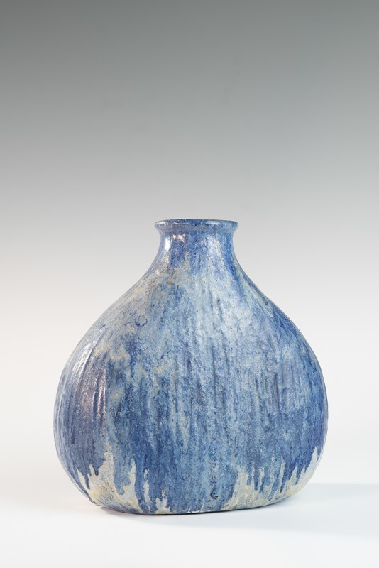 Blue medium onion shaped vase by Marcello Fantoni-3details-blue-medium-onion-shaped-vase-by-marcello-fantoni-3-main-637292166474561425.jpg