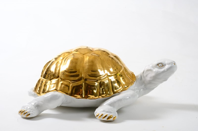 ceramic tortoise with gold detailing by Ronzan-3details-ceramic-tortoise-with-gold-detailing-by-ronzan-2-main-637327431000870764.jpg