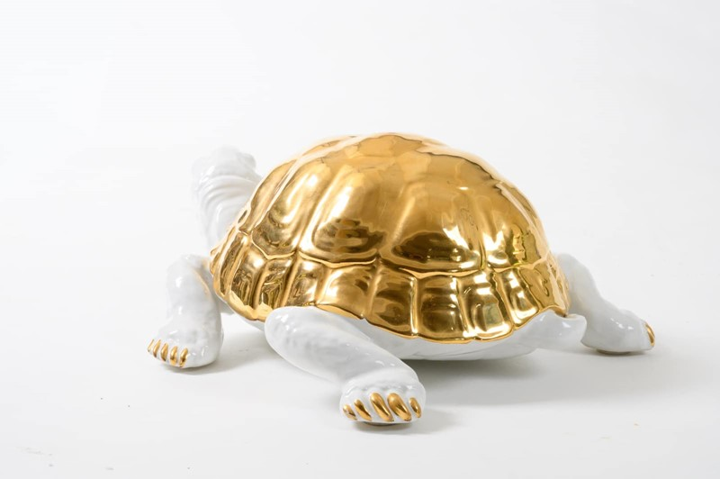 ceramic tortoise with gold detailing by Ronzan-3details-ceramic-tortoise-with-gold-detailing-by-ronzan-5-main-637327431032433014.jpg