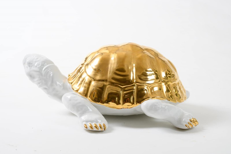 ceramic tortoise with gold detailing by Ronzan-3details-ceramic-tortoise-with-gold-detailing-by-ronzan-6-main-637327431011807632.jpg