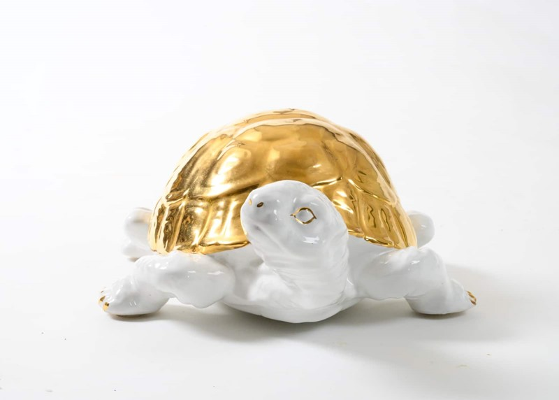 ceramic tortoise with gold detailing by Ronzan-3details-ceramic-tortoise-with-gold-detailing-by-ronzan-9-main-637327431016963846.jpg