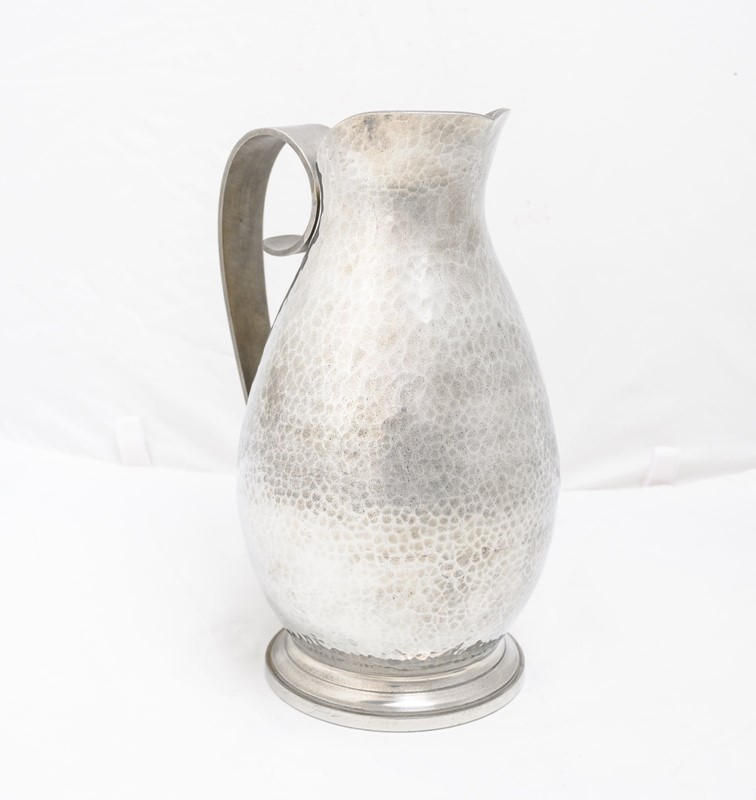 Jean Després pewter pitcher-3details-jean-desprs-pewter-pitcher5-main-637322318696374468.jpg