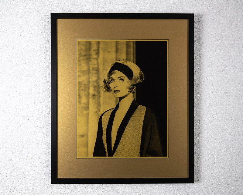 Linda Evangelista in gold by Karl Lagerfeld-3details-linda-evangelista-on-gold-paper-framed-frame-54cm-wide-x-64cm-high-image-34cm-wide-x-435cm-high2-main-637468443993333353.jpg