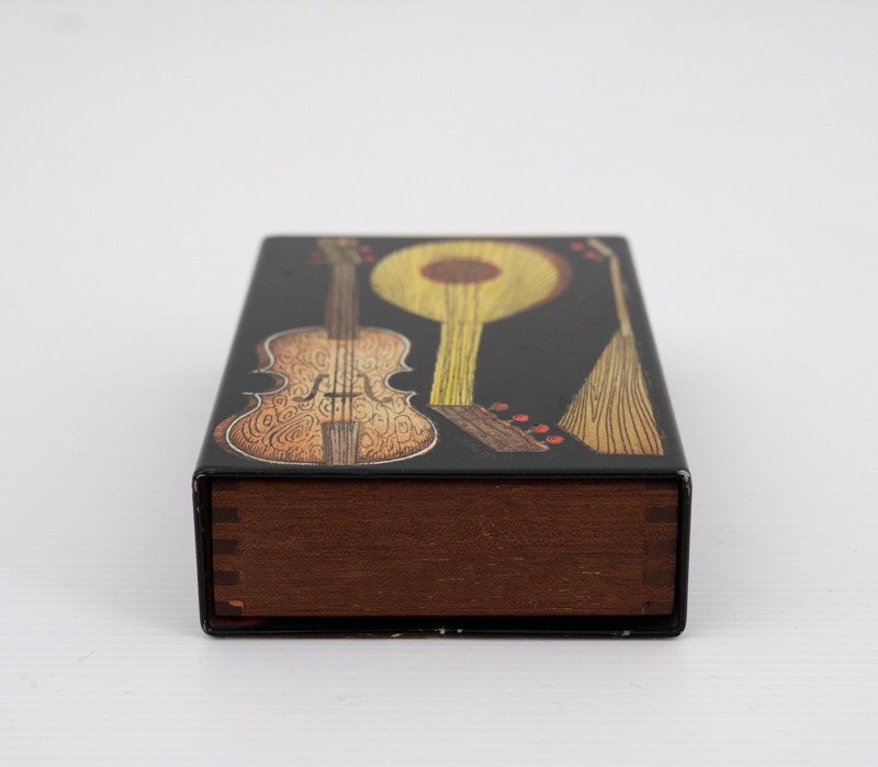 small Fornasetti guitars and zithers box-3details-small-fornasetti-guitars-and-zithers-box3-main-637200484763750835.jpg
