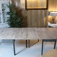 Excellent dining table