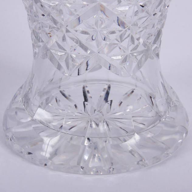 Cut Glass Crystal Vase with Star Design -5eb119cd-a6fe-4d61-8575-f9a090c18383.jpg