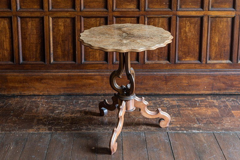 19thC Walnut Tilt Top Centre Table-adam-lloyd-interiors-19thc-walnut-tilttop-table1-main-637323444471943573.jpg