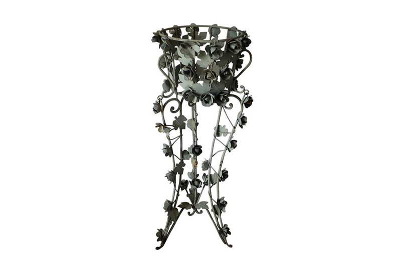 Decorative iron jardiniere-adps-antiques-3496-view-copy-main-637102084961885558.jpg