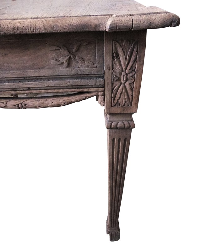 Carved Swedish table-adps-antiques-3617-leg-main-637043914131819129.jpg