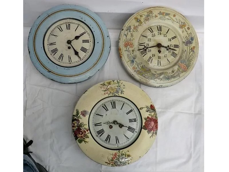 Vintage Toleware wall clocks from France-aeology-at-relic-antiques-relic-262-1500px-main-637201250011076081.jpg