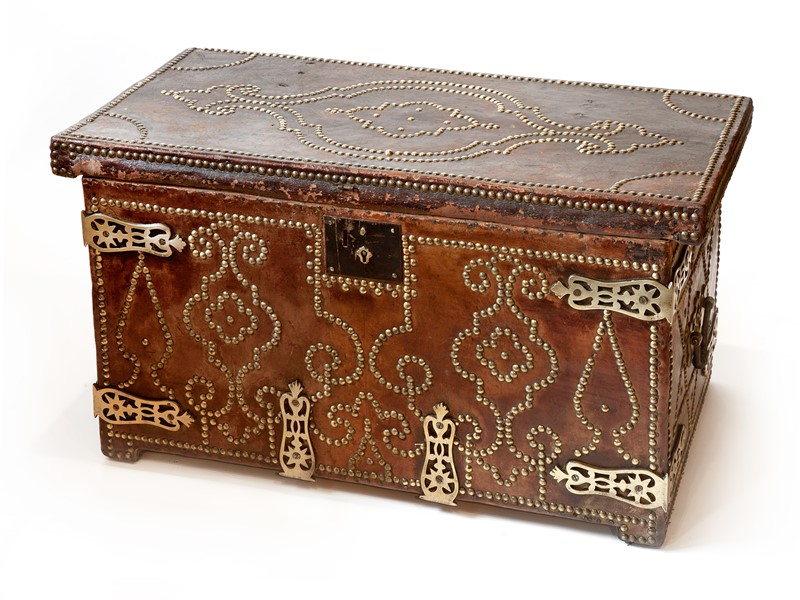 18th C Spanish Brass Bound Leather Trunk-aeology-at-relic-antiques-relic-antiques-48087-main-637178885739896533.jpg