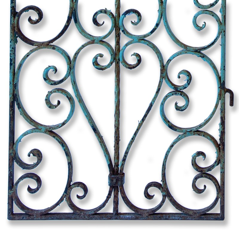 Pair of Small 19th Century French Iron Gates-aeology-at-relic-antiques-relic-antiques-49994-main-637178911007578599.jpg