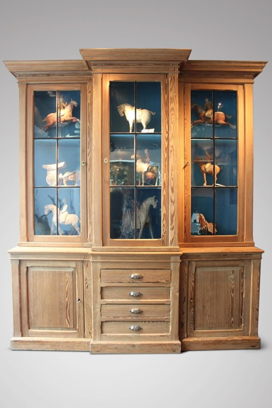 Antique cabinet in pitch pine-anthony-short-antiques-xbookcase-21-main-636810070485817366.jpg