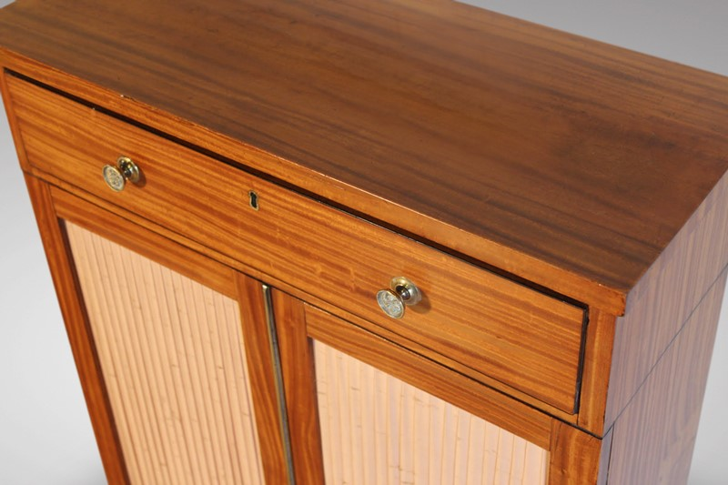 19th C Small Satinwood Cabinet-anthony-short-antiques-xcabinet-23-main-636821298495588257.jpg