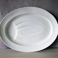 Porcelain Meat Carving Plate