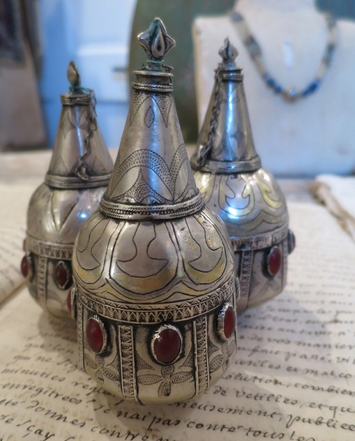 Antique Silver Turkoman Perfume Bottles-appley-hoare-perfumebottles3_main.jpg