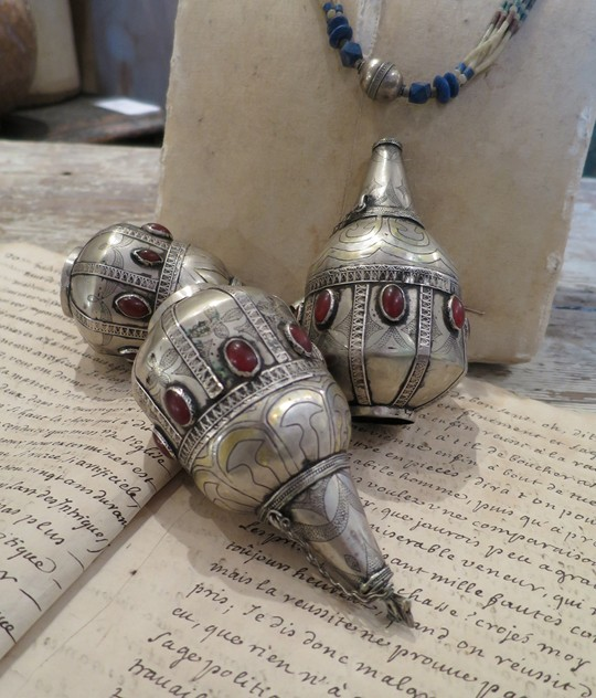 Antique Silver Turkoman Perfume Bottles-appley-hoare-perfumebottles6_main.jpg