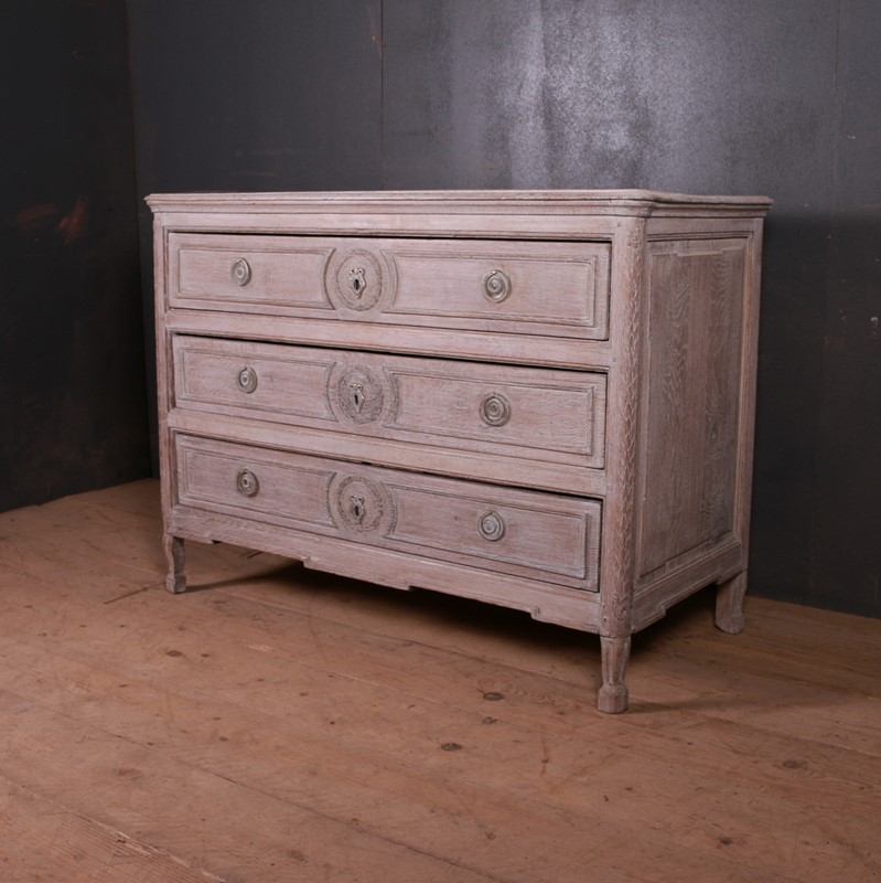 French Bleached Oak Commode-arcadia-antiques-img-1276-main-637499369957420338.JPG