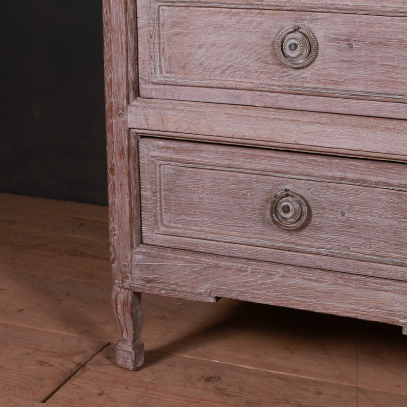 French Bleached Oak Commode-arcadia-antiques-img-1278-main-637499369649140832.JPG