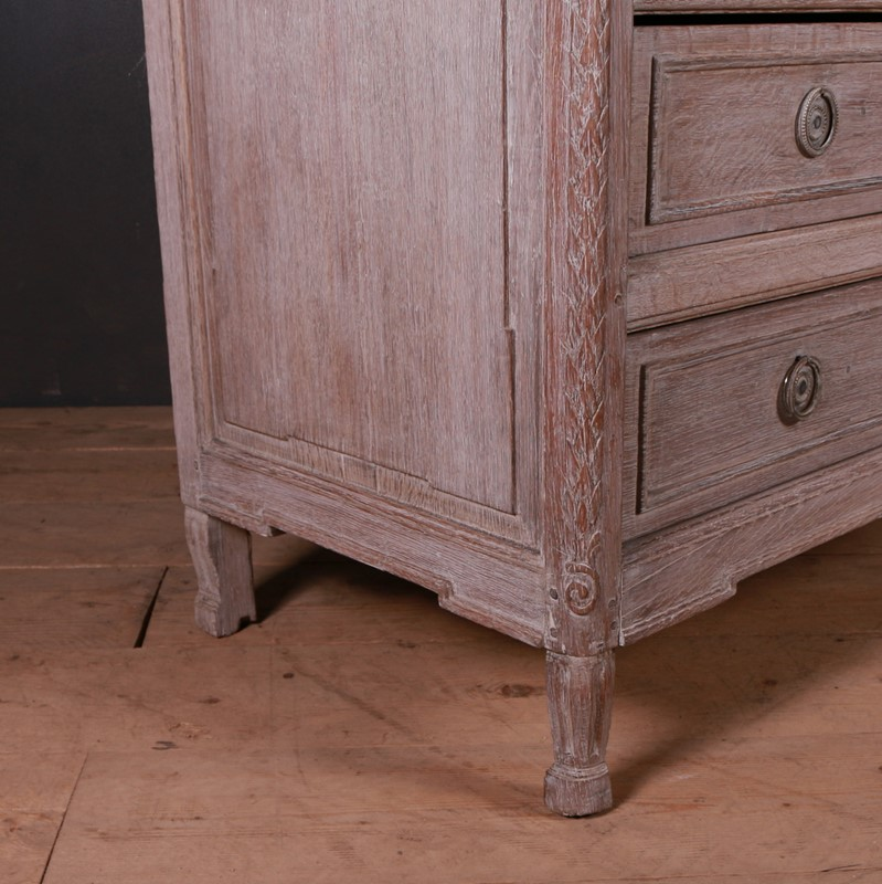 French Bleached Oak Commode-arcadia-antiques-img-1284-main-637499370731325102.JPG