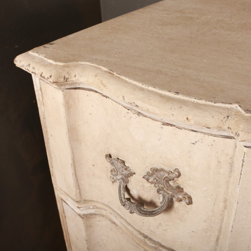 Danish Serpentine Front Commode-arcadia-antiques-img-5557-001-main-637045854140530590.JPG