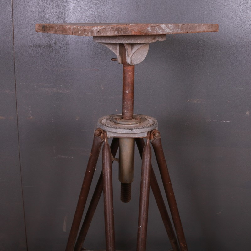 Industrial Sculpture Stand-arcadia-antiques-img-7884-main-637261898519110752.JPG