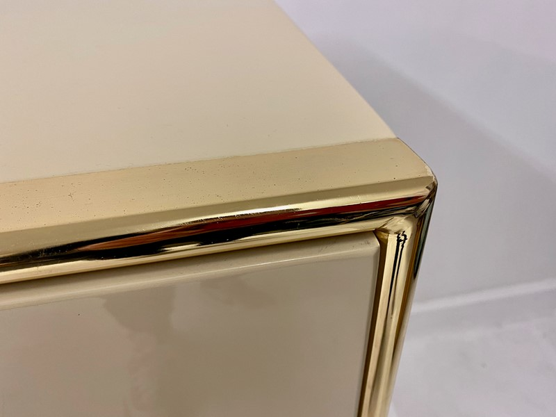 1970s Italian Lacquered Sideboard By Bruno Tonello-august-interiors-img-1782-main-637460768350213226.jpeg
