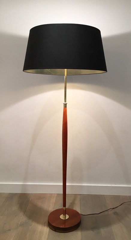 Wood and Brass floor Lamp. French. Circa 1970 -barrois-antiques-50's-29504-main-636742389912571046.jpg