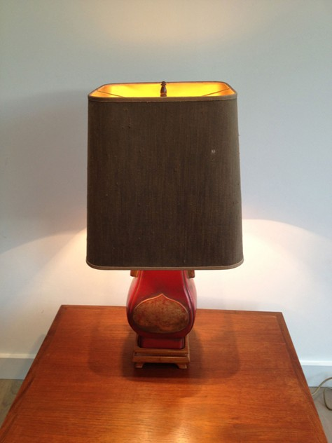 Chinese inspiration red lacquered table lamp.-barrois-antiques-50's-3755_main_636296570771608365.jpg