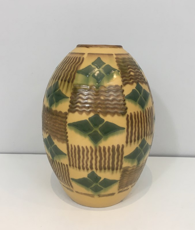 Ceramic Art Deco Vase. Circa 1930-barrois-antiques-50s-35132-main-637084808353742120.jpg