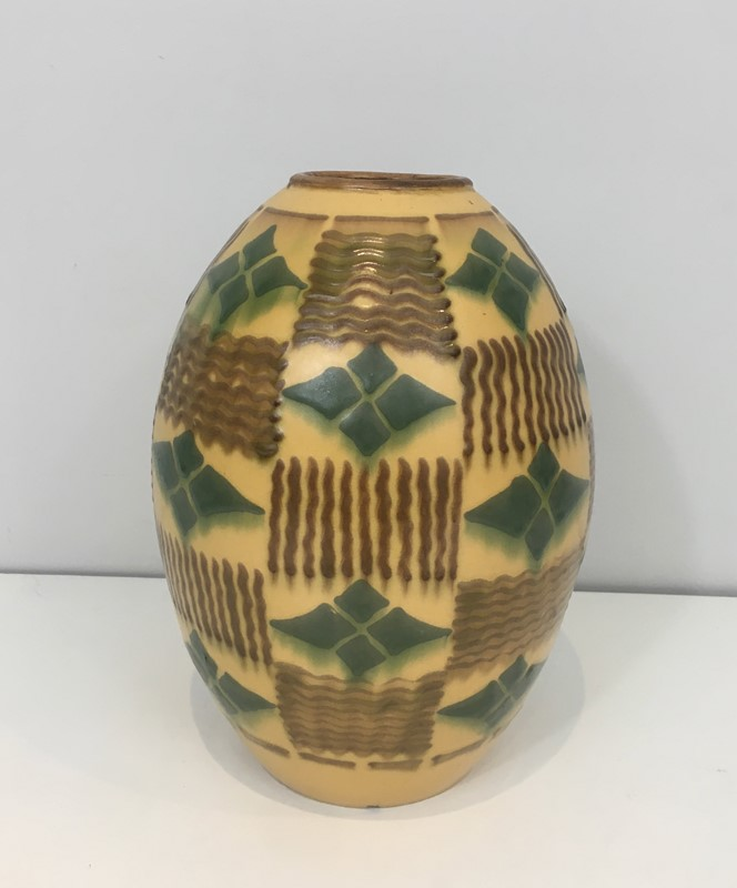 Ceramic Art Deco Vase. Circa 1930-barrois-antiques-50s-35137-main-637084808465146871.jpg