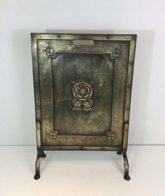 Arts & Crafts Brass and Iron Fire Place Screen. -barrois-antiques-fp-1492-main-636845243128830627.JPG