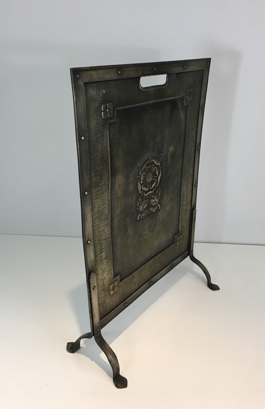 Arts & Crafts Brass and Iron Fire Place Screen. -barrois-antiques-fp-1493-main-636845243149299169.JPG