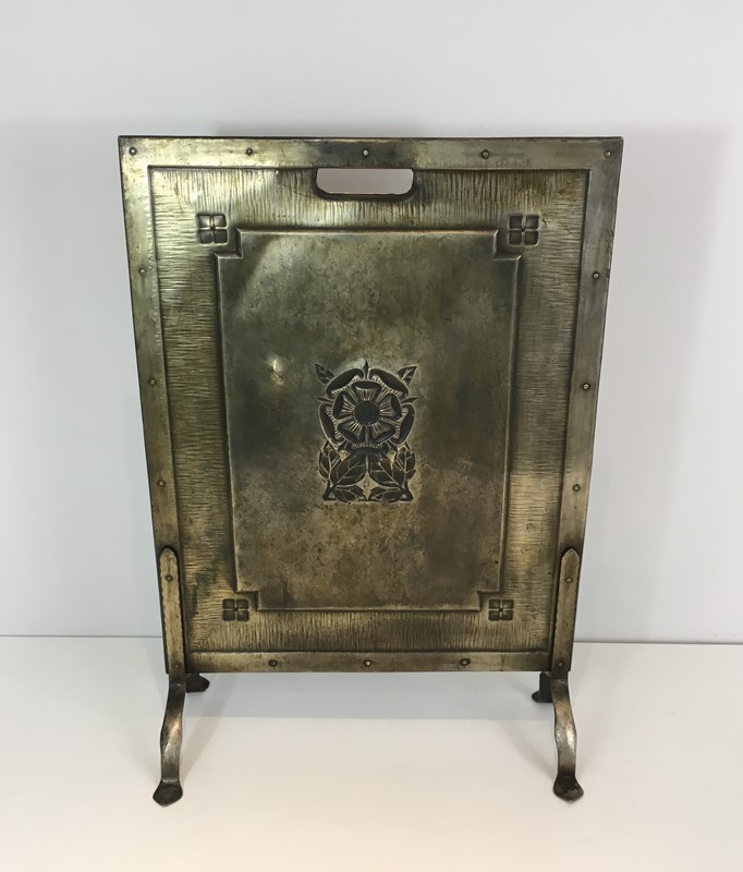 Arts & Crafts Brass and Iron Fire Place Screen. -barrois-antiques-fp-1494-main-636845243169611274.JPG