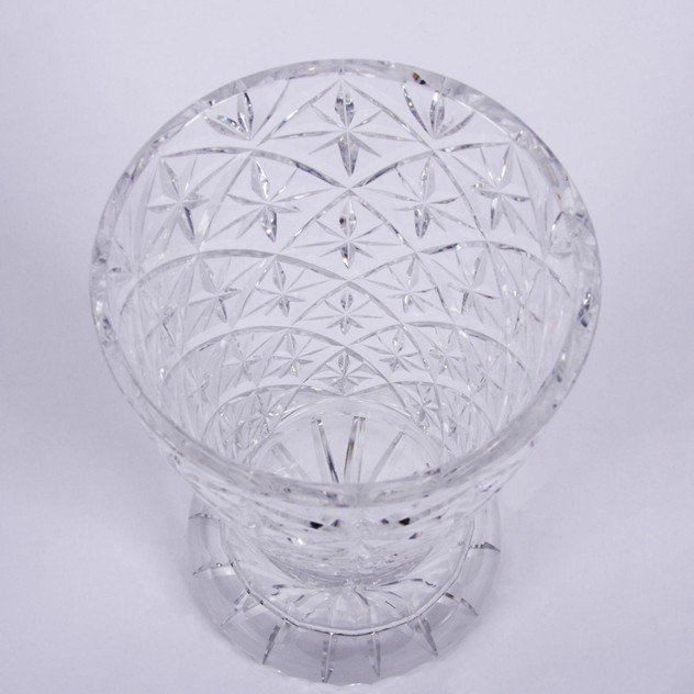 Cut Glass Crystal Vase with Star Design -bd0b5fce-4fbd-4f67-beb8-f164b96f880d.jpg