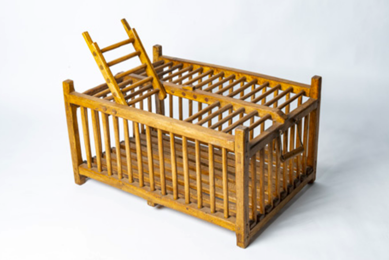 Wooden poultry transportation cage-bibliotheca-culinaria-screenshot-2020-09-10-at-075545-main-637353214776557786.png