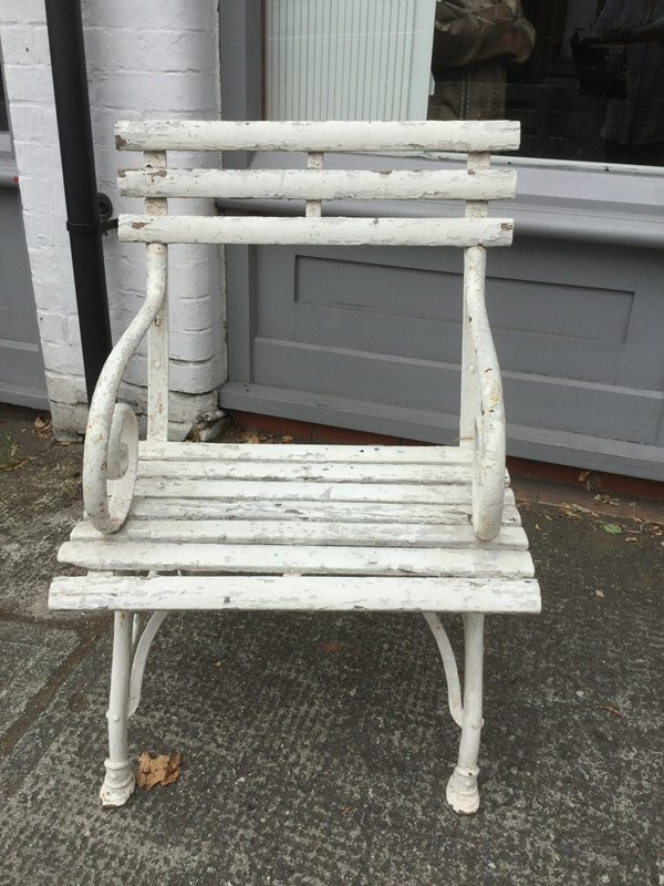 Arras garden chair-branching-out-antiques-4cdfe37c-13b4-4ab7-873f-4f0ba277f9bf-main-637316375387669868.jpeg