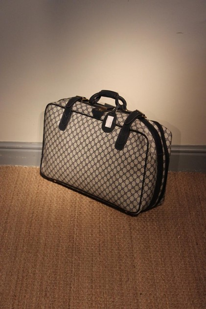 1960s/70s Gucci Luggage in Canvas and Leather-brownrigg-1960s-70s-gucci-luggage-in-canvas-and-leather-47-2_main_636534459797336575.jpeg