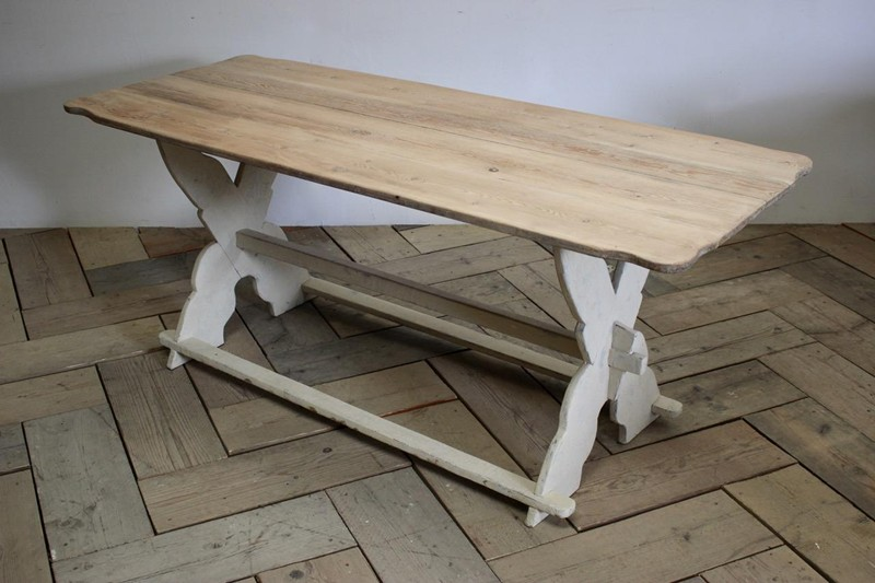 19th Cent Swedish Painted Dining Table-brownrigg-19th-cent-swedish-painted-dining-table-4847-2-main-636688156044745675.jpeg