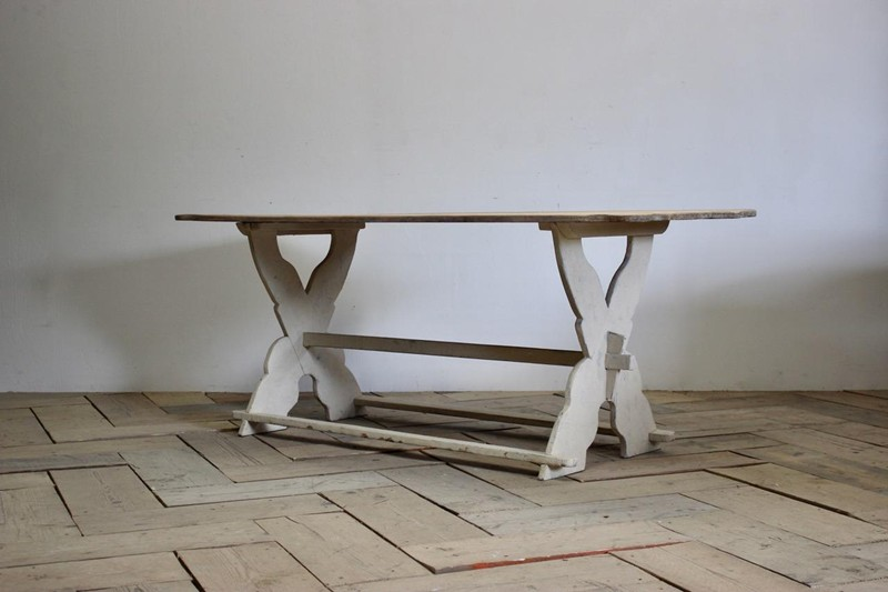 19th Cent Swedish Painted Dining Table-brownrigg-19th-cent-swedish-painted-dining-table-4847-L-main-636688156067990867.jpeg