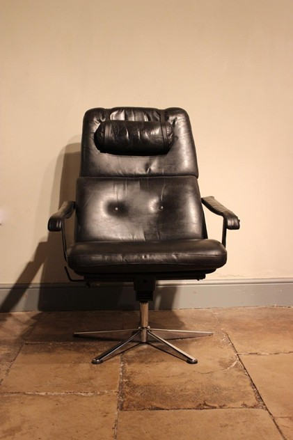American Leather Executive Office Chair-brownrigg-an-american-mid-century-executive-office-chair-55-1_main_636488617036392141.jpeg
