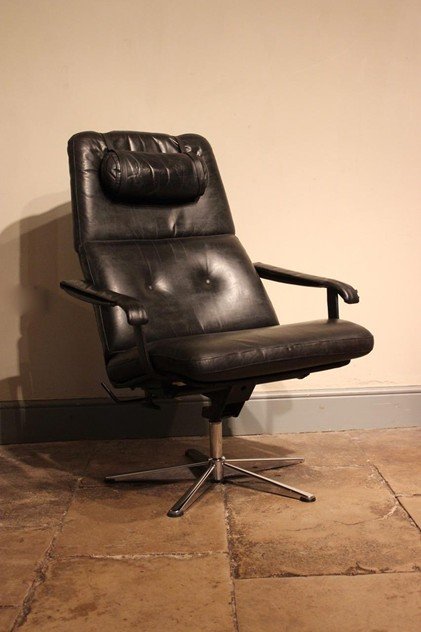 American Leather Executive Office Chair-brownrigg-an-american-mid-century-executive-office-chair-55-L_main_636488616822817189.jpeg