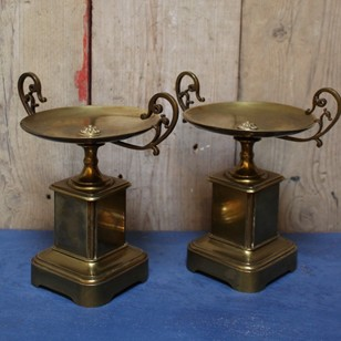 Elegant pair of 19th century Bronze Tazzas