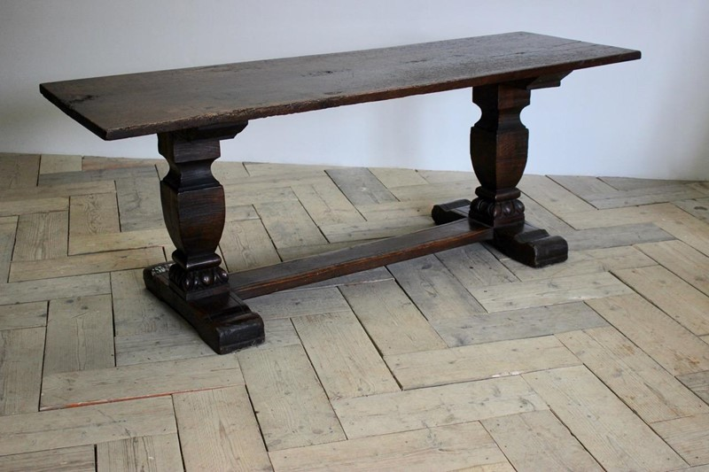 19th century French Walnut Dinning Table-brownrigg-good-19th-century-french-walnut-dinning-table-5811-e5-main-637086534591677076.jpeg