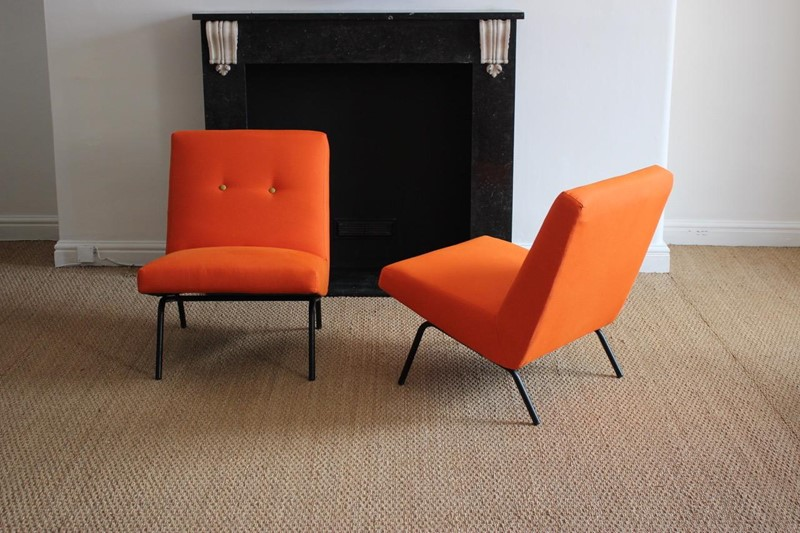 "Joseph-André Motte Pair of ""743"" Easy chairs-brownrigg-joseph-andr-motte-1925-2013-pair-of-743-easy-armchairs-circa-1960s-steiner-edition--4634-l-main-637329182340010309.jpeg"