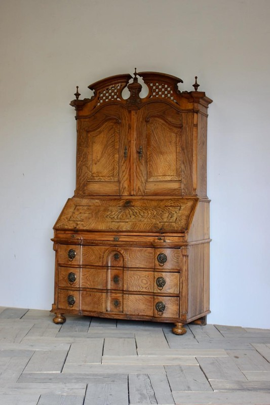 18th Cent Louis XVI Bureau in Elm-brownrigg-outstanding-18th-cent-louis-xvi-bureau-in-elm-3822-L-main-636680291113435954.jpeg