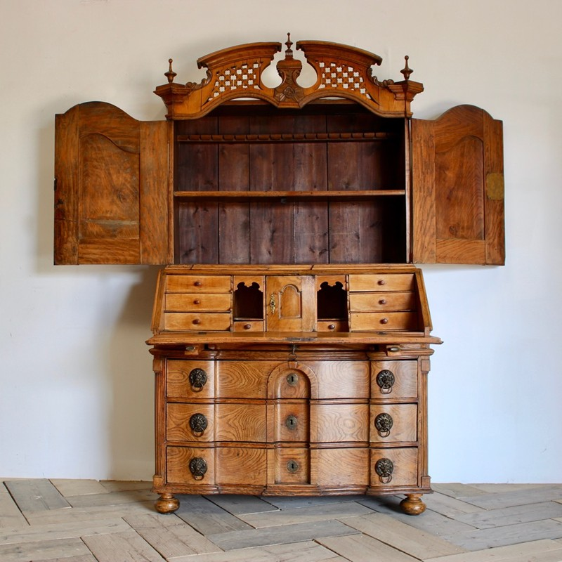 18th Cent Louis XVI Bureau in Elm-brownrigg-outstanding-18th-cent-louis-xvi-bureau-in-elm-3822-THEx-main-636680290671153274.jpeg