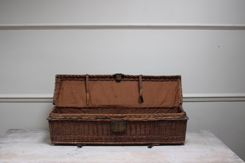 1920s Auto Travelling Trunk-brownrigg-product13-8may2018-44-1-main-636629454372359588.jpeg