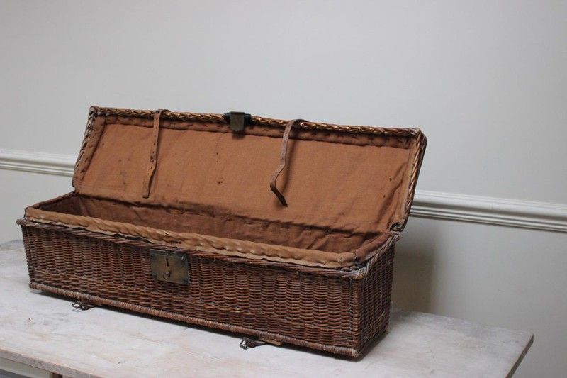 1920s Auto Travelling Trunk-brownrigg-product13-8may2018-44-2-main-636629454759727452.jpeg